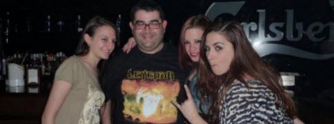 R.T.F. & Tres Chicas de Leyenda